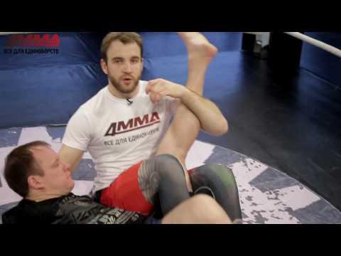 Рычаг колена: техника ММА от Дениса Гольцова