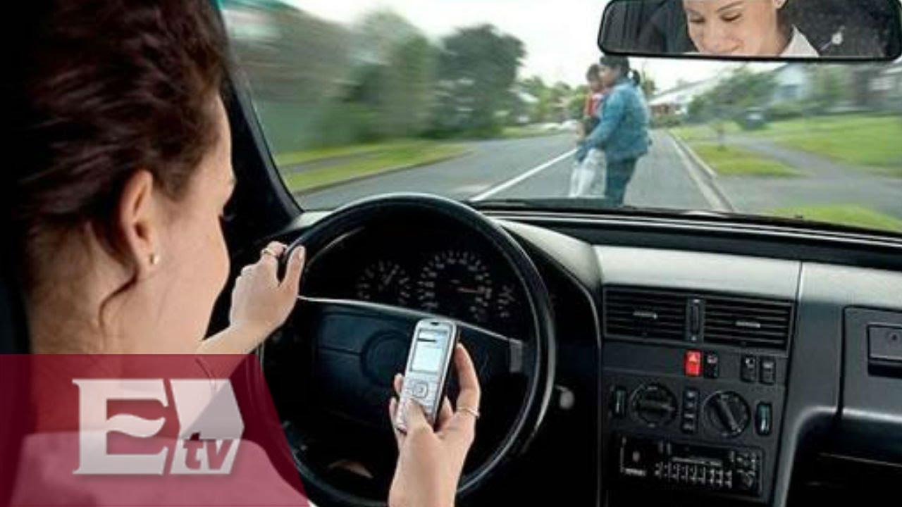 Accidentes vehiculares por uso del celular / Titulares de la noche