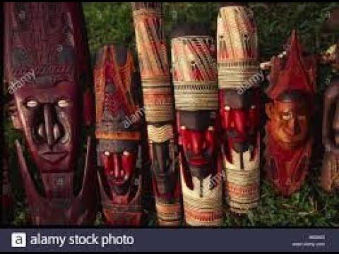 Papua New Guinea: Art in Transition.