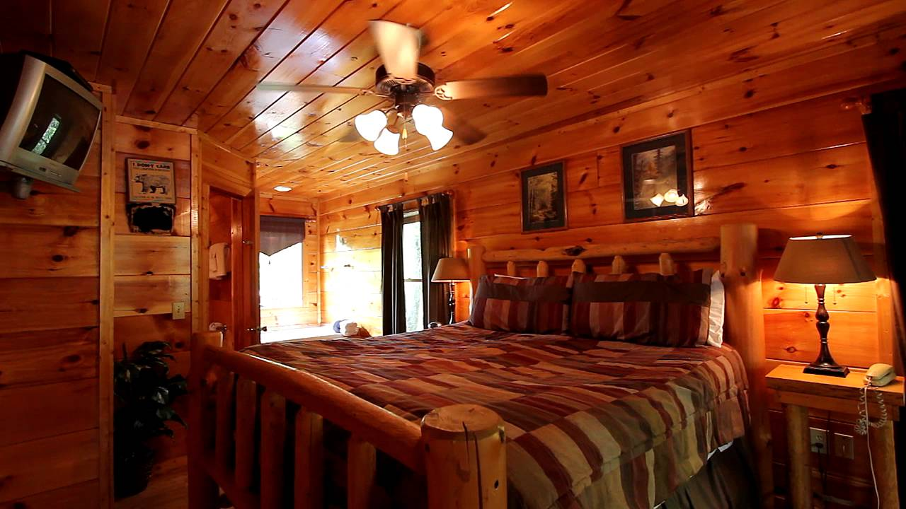A tennessee treasure 2 bedroom cabin between pigeon forge and gatlinburg cabins usa 2016