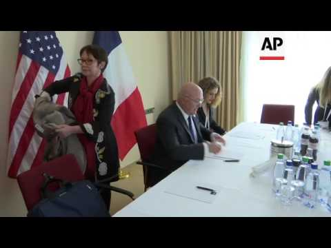 US and French finance ministers meet