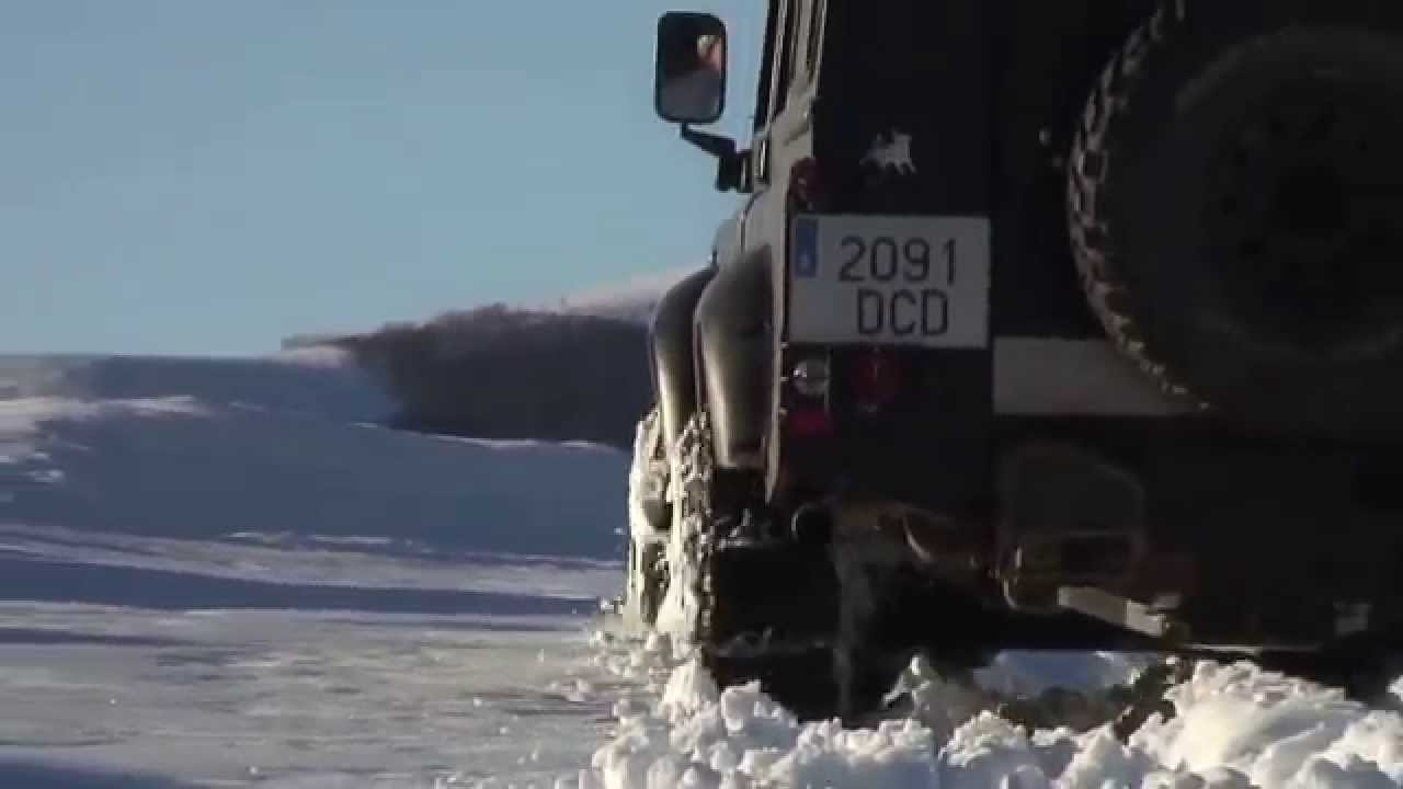 Land Rover Defender With Snow Chains Youtube