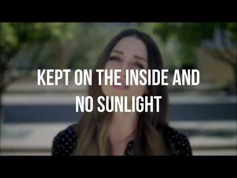 Sara Bareilles - Brave (Lyrics)