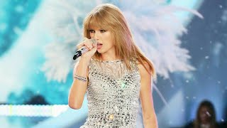 I Knew You Were Trouble - Taylor Swift | Live at Victoria's Secret Fashion Week - 2013