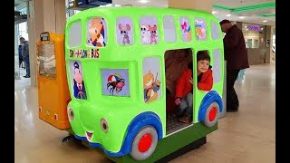 Kids Ride on Bus-Wheels on the Bus Song