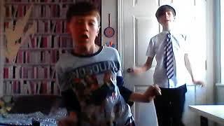 FORTNITE DANCES IN REAL LIFE (WTF)(OMG)(SO BAD)