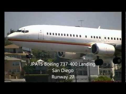 JPATS Boeing 737-400 [N416BC] Landing San Diego