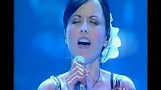 Dolores O'Riordan    Ave Maria  live7az