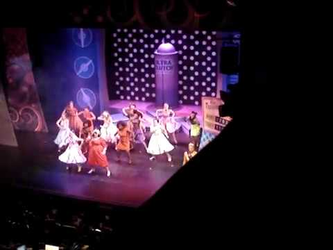 'You Can't Stop The Beat' from Hairspray, Leeds Grand 2015