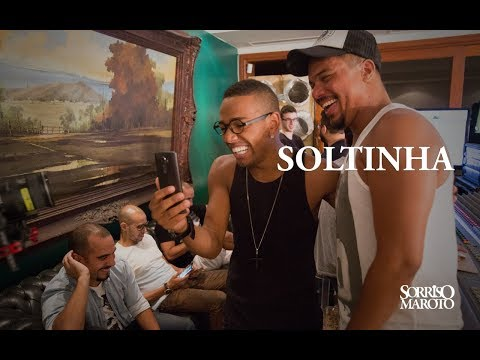 soltinha---sorriso-maroto-(part.-nego-do-borel)-[lyric-vídeo]