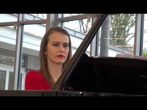 Anna Sutyagina plays Theme & Variations by Juan Luis de Pablo Enriquez Rohen