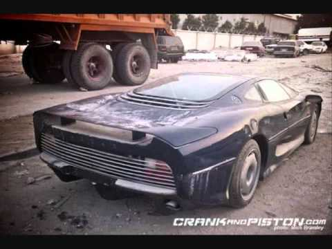 AMAZING!!! Real exotic cars totally abandoned!!
