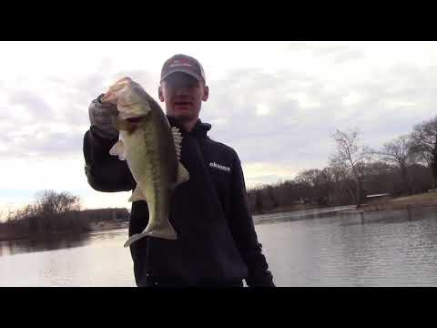 Old Hickory Lake Winter Fishing (Giant Bass)