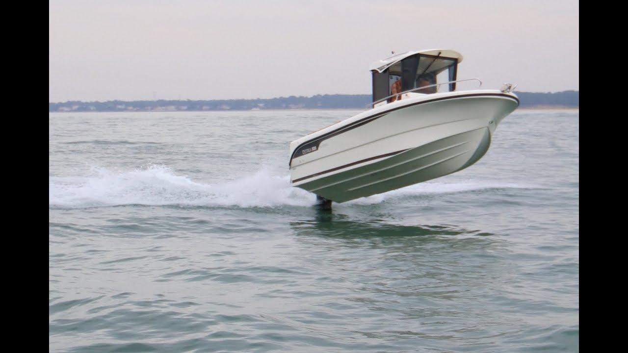 Test Comparatif Moteur Hors Bord 150 Cv Sur Ostrea 600 Par Moteur Boat Magazine Ocqueteau Youtube