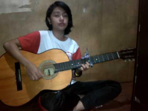 #Cewek CANTIK, JAGO MAIN GITAR, SUARA BAGUS LAGU MAGIC RUDE