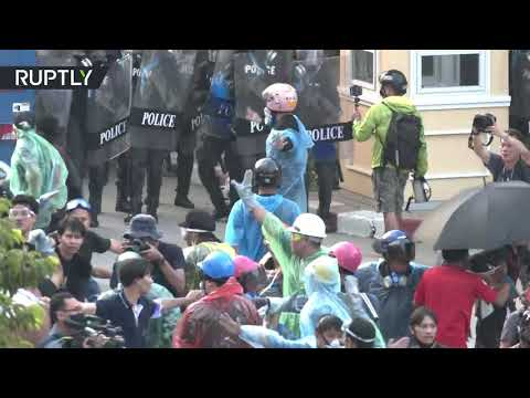 Thai unrest | Bangkok anti-government protests descend into clashes