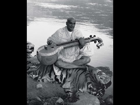 Swami Sivananda chanting the Great Mantra OM TAT SAT