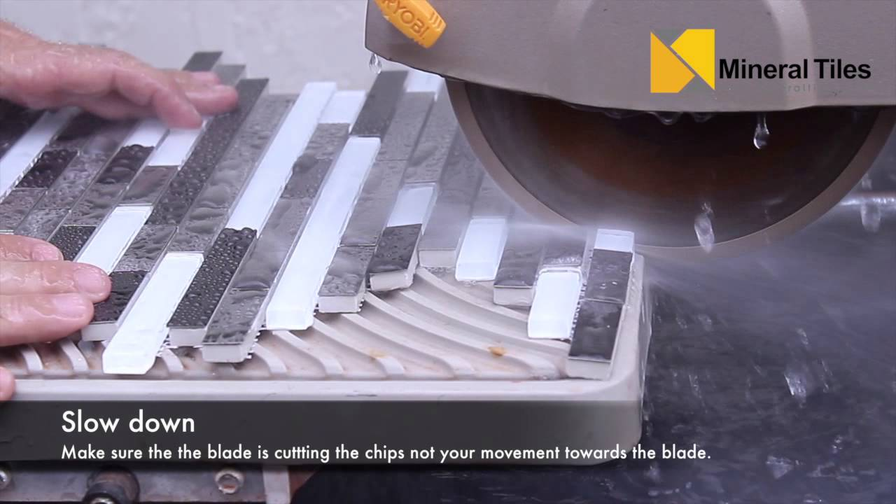 Cutting Stainless Steel Tiles With a Wet Saw - YouTube