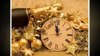 С новым годом! Скоро будет новый год. Много счастья и удачи мы желаем вам.
