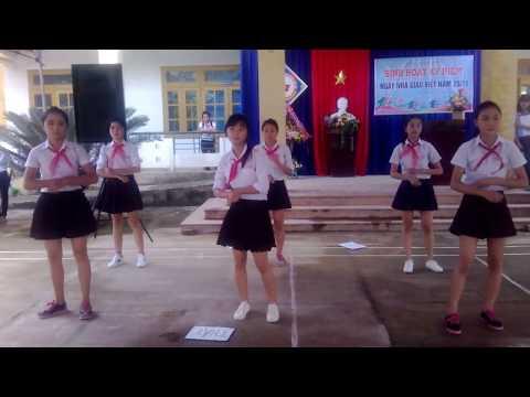 Nhớ ơn thầy cô - Lớp 8.1 - trường THCS Quế Phong
