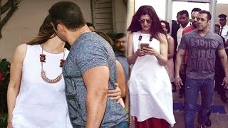 Salman Khan Kissing Ex Girlfriend Sangeeta Bijlani In Public