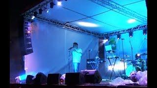 Андрей Картавцев исполняет свою любимую песню /концерт г. Тара/