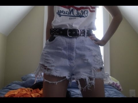 DIY High Waisted Distressed Shorts