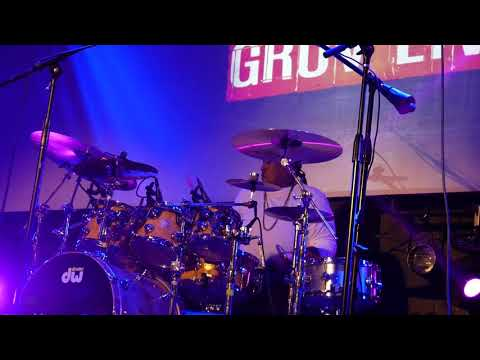 Cody W Wright Jamming with Eric Moore  at Gruv Live NAMM 2018