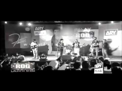 Aamir Aly with Falak on his Album Launch Show ... Song Mandiyan ... Live.flv