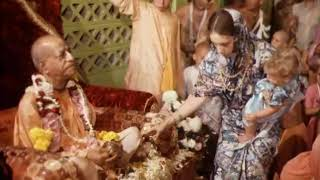 Prabhupada 0471 कृष्ण को प्रसन्न करने का आसान तरीका, बस तुम्हारे दिल की आवश्यकता है