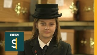 The 12-year-old trainee funeral director - BBC Stories