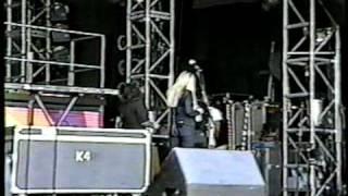 Mandy Moore - 1999 - Soundcheck at Pleasure Island