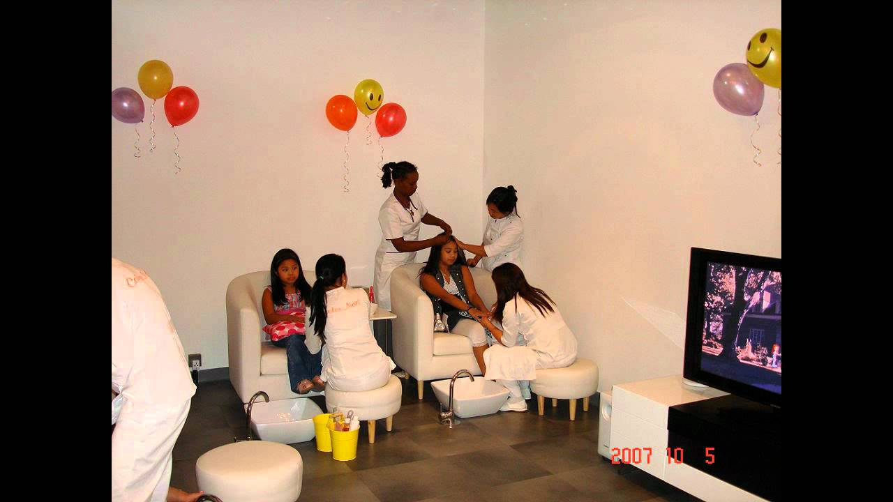 Color Nail Spa Party - YouTube