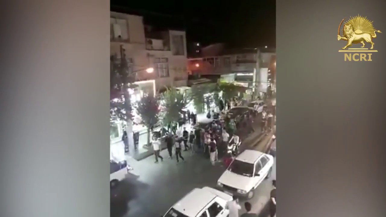 Residents of Tehran protests against Iran's regime on August 2