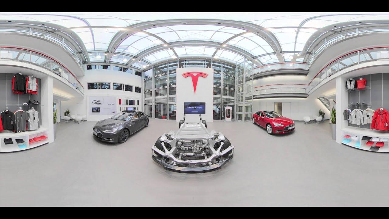 360° Tesla showroom experience