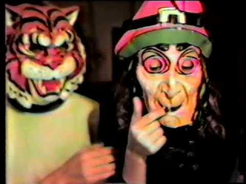 Halloween 2020 Use Old Footage Old Halloween Costumes 1985   (Weird Paul) OLD HALLOWEEN FOOTAGE