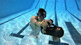 Testing a small underwater scooter in the pool - Lefeet S1 prototype test