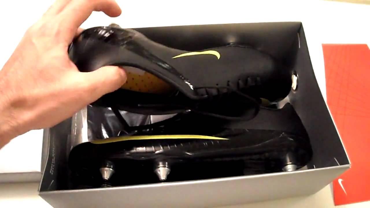 brand new 35851 77ce1 Nike Mercurial Vapor Superfly SG Black Edition