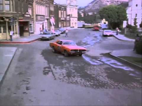 The Dukes Of Hazzard - S02E06 Scene 4