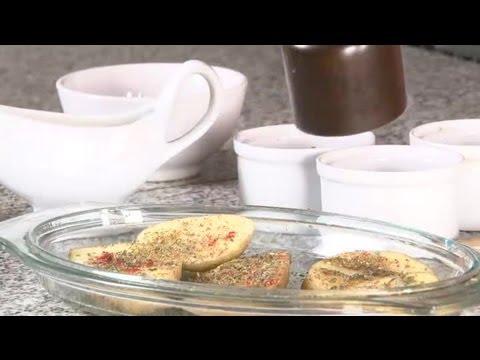 C mo cocinar papas al horno con especias recetas con - Cocinar merluza al horno ...