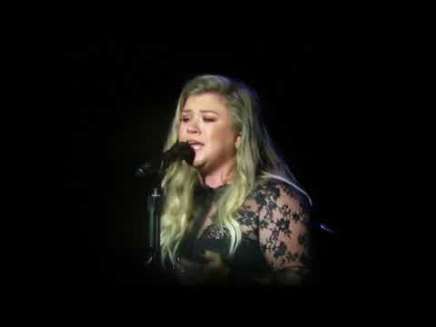 Kelly Clarkson- Move You 9/14/17