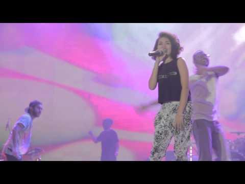 [LIVE] 09.06.2015 Dekat - Double Bubble Trouble + Come Walk With Me + Lahir Kembali + Outro: Palance