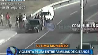 Pelea entre familias de gitanos  - Telefe Noticias