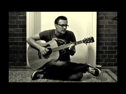 FILIP OSCAR - Everything Shines (live upstairs in the hallway)