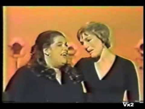 MAMA CASS ELLIOT'S GREATEST HITS MEDLEY duets with Julie Andrews