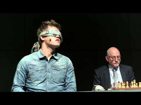 Magnus Carlsen blindfold simul Vienna October 6th 2015