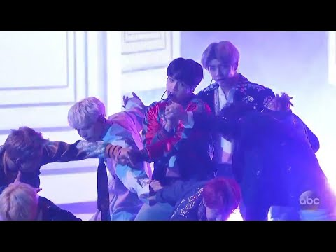 BTS (방탄소년단) - 'DNA' (Live At The AMAs 2017) U.S. Television Debut (아메리칸 뮤직 어워드가 한 2017)