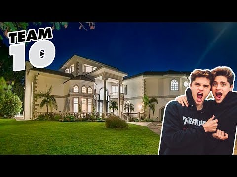 Thumbnail: WE ARE NOT GONNA LIVE IN THE TEAM10 HOUSE