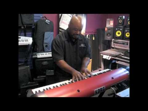 USA first look at the Korg SV-1 at Bellevue American Music featuring Phil Curry