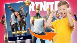 YOUTUBER (IO) MAKES A CHILD ON FORTNITE I SHOPPED THE BATTLE PASS TO A MEMBER!